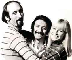 Peter, Paul and Mary sung the Irish traditional song - The Rising of the Moon